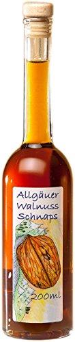 Walnuss Schnaps aus dem Allgäu   200ml Walnuss Likör 31{16c13664dda9ae9e850190d902fc36300042aede42012af9a204ea4db49d3a1e} Vol. mit Korkverschluss aus handverlesenen Walnüssen